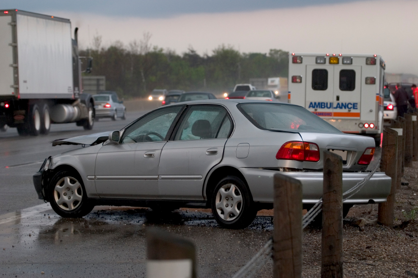 Car Accidents: 8 Essential Tips